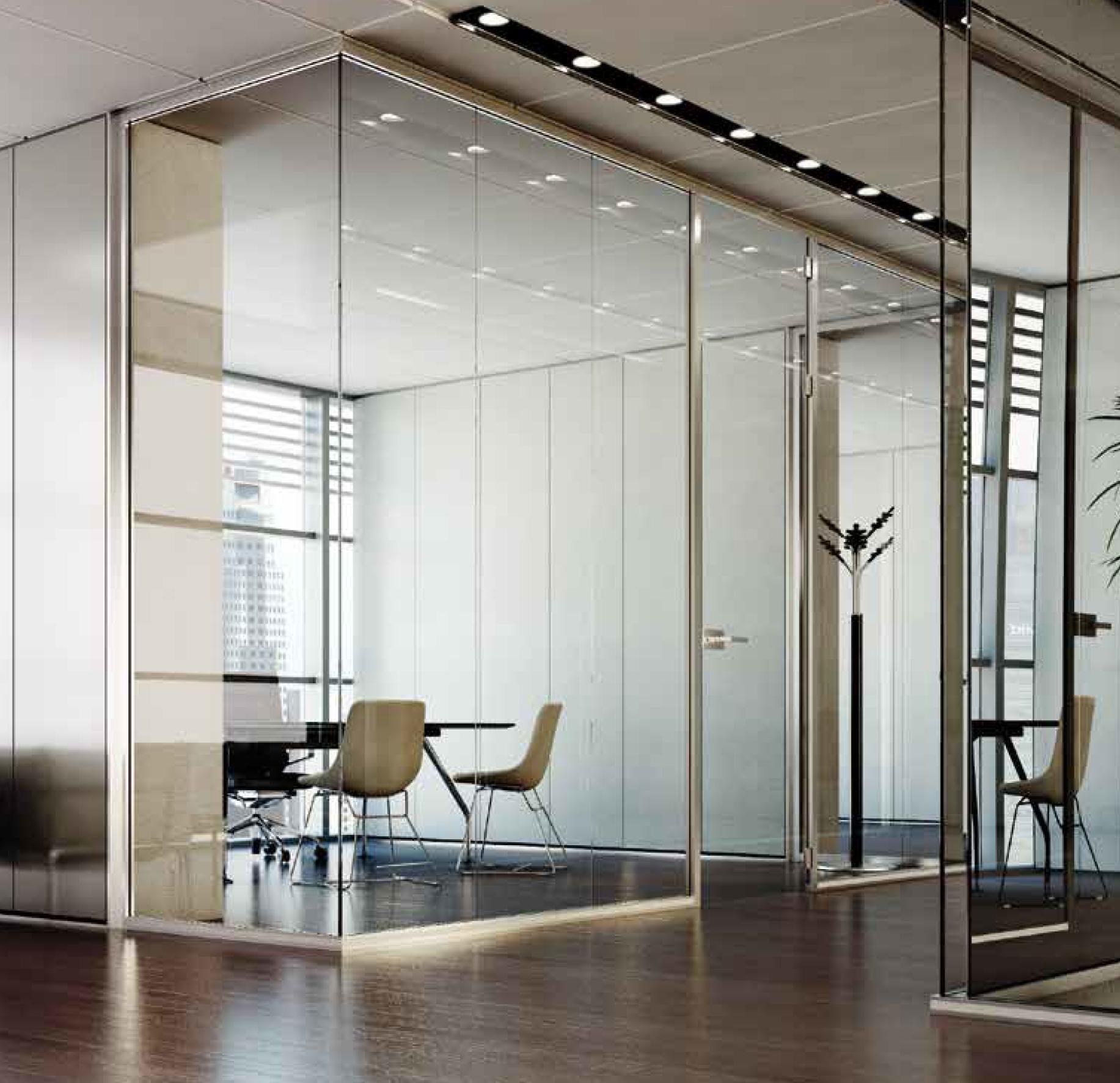 Pareti e sedie ufficio pareti attrezzate divisorie for Pareti mobili da ufficio